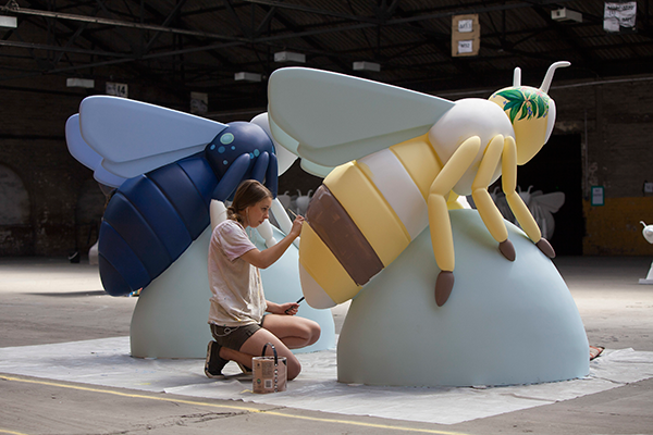 bee artists at work