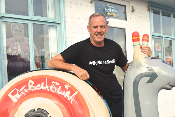 Norman-Cook-AKA-Fatboy-Slow-Takes-on-a-Snails-Pace-Marathon-in-aid-of-Martlets-Hospice